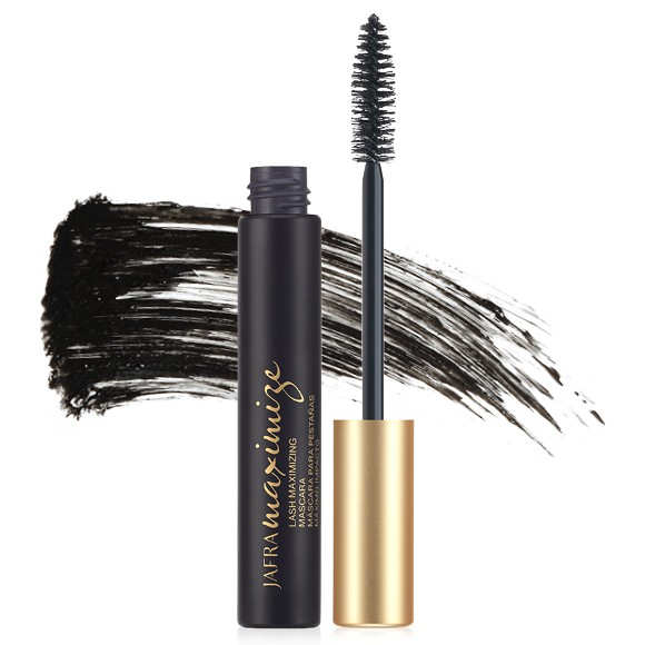 Maximizing Mascara Black